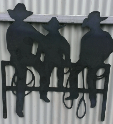 Metal Art - 3 Kids on the fence