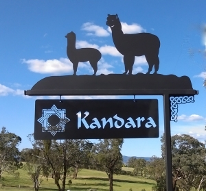 Metal Art - Sign Post Alpaca & Cria